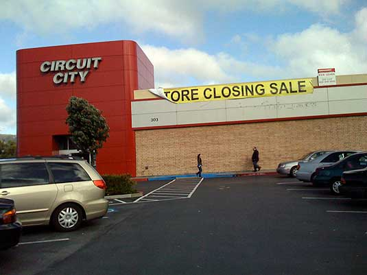 Circuit City outside story