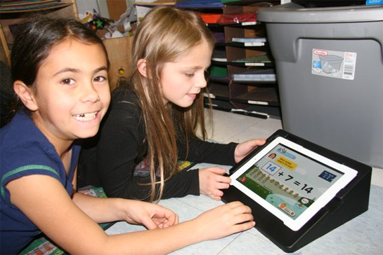 Ipads In Elementary Schools Goodbye Textboo...