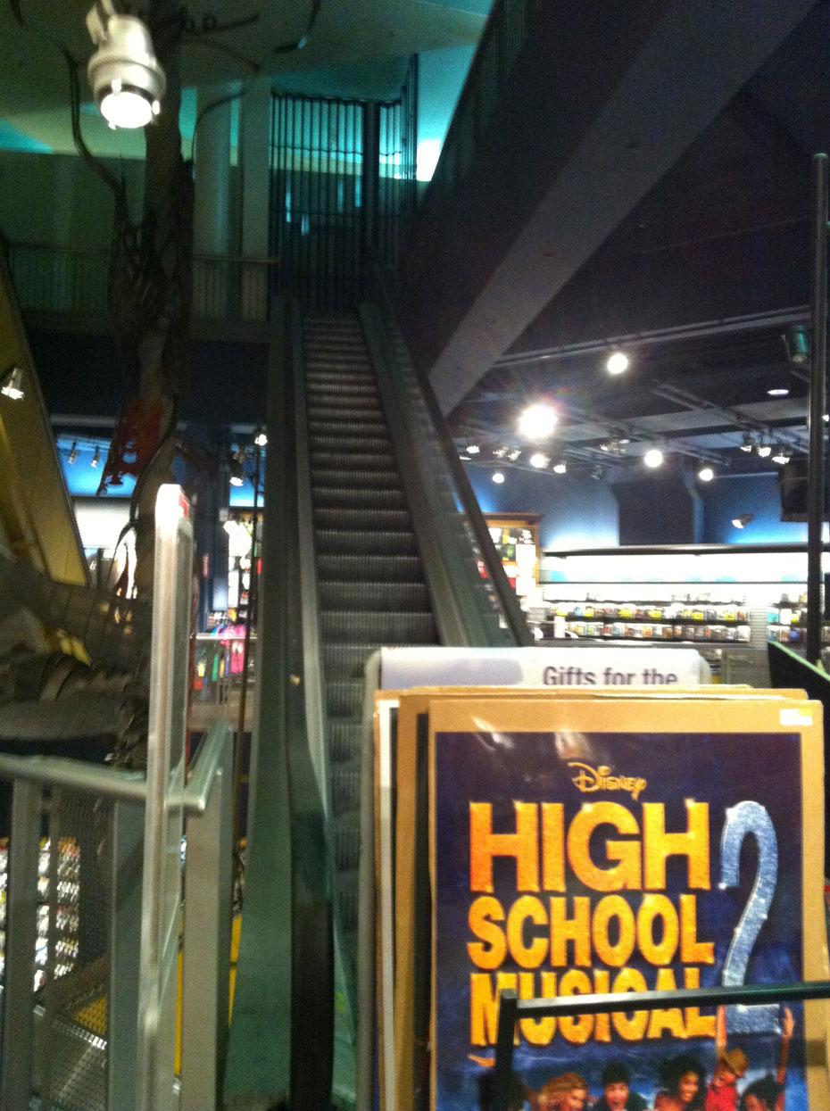 Sam Goody store escalator